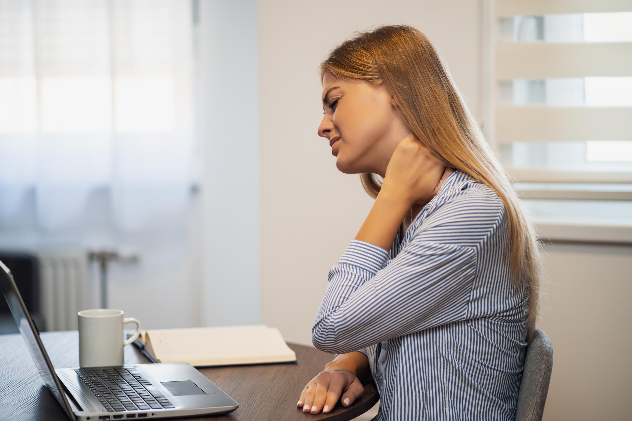 comment éviter les douleurs musculaires en télétravail